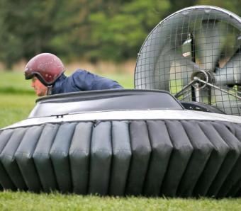 Flying hovercrafts between the cones